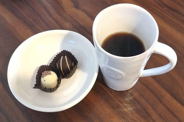 たんぽぽコーヒーとチョコ